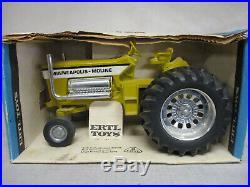 (1974) Minneapolis Moline G-100 Pulling Tractor Mighty Moline 1/16 Scale, NIB