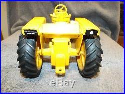 1/16 Ertl Farm Toy Tractor Minneapolis Moline G1000 #2