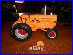 Cottonwood acres 116 diecast custom minneapolis moline GTB tractor 1058