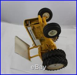 Ertl White Minneapolis Moline G 1355 Tractor Canopy Dual Wheels