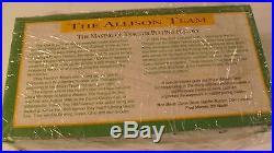 MINNEAPOLIS MOLINE Metal TOY TRACTOR 6.75 long