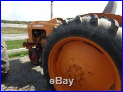 Minneapolis Moline 445 tractor runs great nice tractor and great tires