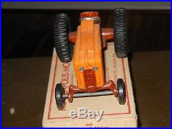 Minneapolis Moline 4 star Toy tractor (Oliver, White)(1/25) with box 1950's