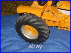 Minneapolis Moline G1000 Vista FWA toy tractor (White, Oliver) custom