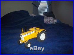 Minneapolis Moline G1350 standard toy tractor (White, Oliver)