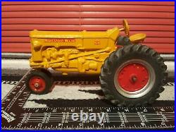 Minneapolis Moline M-M 1/16 Die-cast Farm Tractor Replica By Scale Models