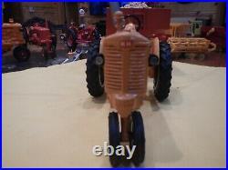 Minneapolis Moline Tractor UB Narrow Front 1/16 SCALE