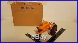 Minneapolis Moline Z 1/16 die-cast farm tractor replica by Teewater