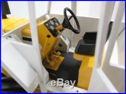 Rare BERG CUSTOM MINNEAPOLIS-MOLINE AT4-1600 8-WHEEL 4WD ARTICULATED TRACTOR