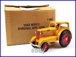 Scale Models 1938 Minneapolis Moline UDLX Comfortractor Die Cast Tractor 1984