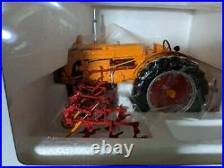 SpecCast 1/16 Minneapolis Moline U -Gas Wide Front Tractor with4 row cultivator