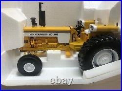 SpecCast Minneapolis Moline 955 Diesel Wide Front tractor 1/16 Diecast