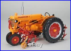 Spec-cast 1/16 Scale Minneapolis-moline U Tractor Model Bn Sct-561