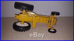 Toy ERTL Minneapolis Moline G-1000 tractor