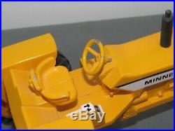 Vintage Minneapolis Moline MM G1000 Toy Tractor 116 Ertl Sharp